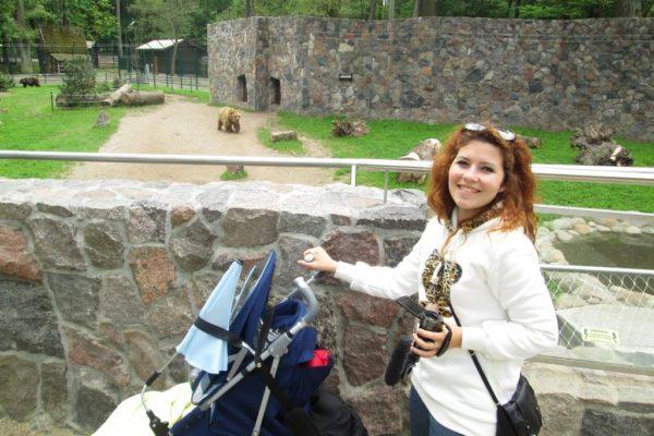 Podróż z dzieckiem, tu w ZOO w Bydgoszczy, dalej oglądaliśmy małe kózki