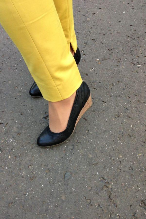 I buty :) Miały być szpilki, ale wybrałam koturny
