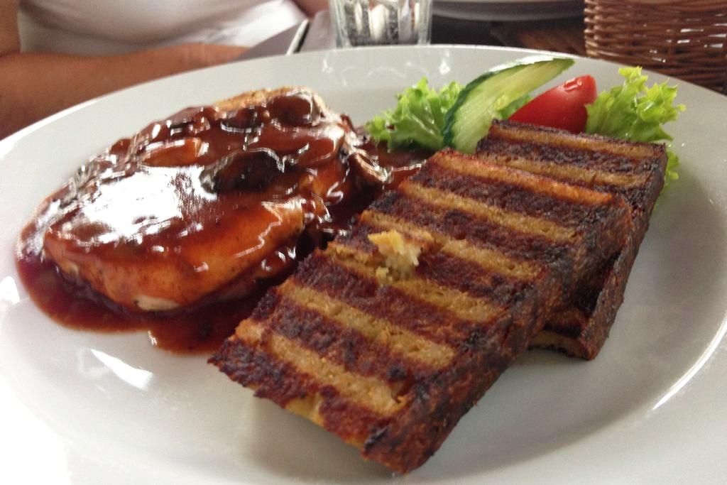 Jedzenie w Arielu, to nie chleb to takie ziemniaczane placki