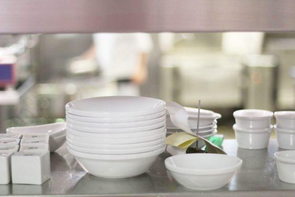 Mam kilkanaście zdjęć tego bufetu (nie wiem czy dobrze to nazywam), które robię za każdym razem, gdy goszczę w kuchni Sheratona. Lubię ten kadr bardzo :)