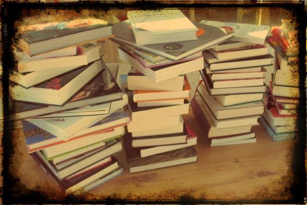 Nasze książki, jak robiłam to zdjęcie nie sądziłam, że kiedyś pojawi się na blogu :)