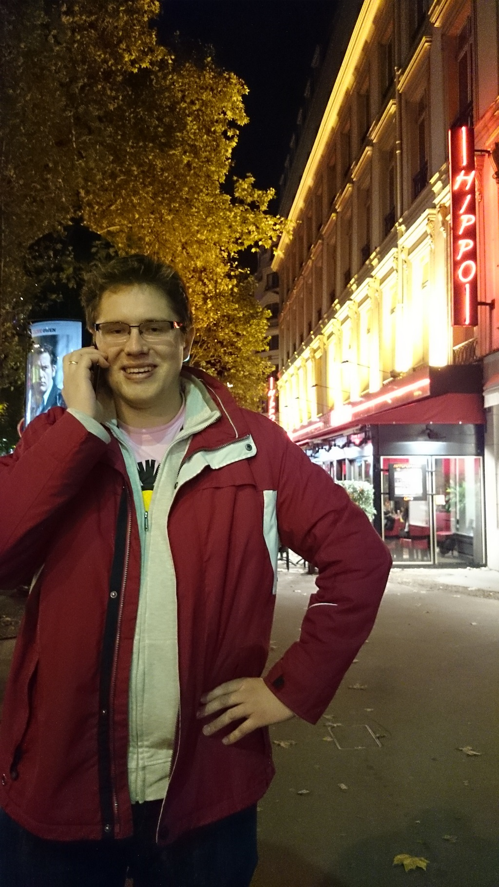 Michał nocą w Paryżu :)