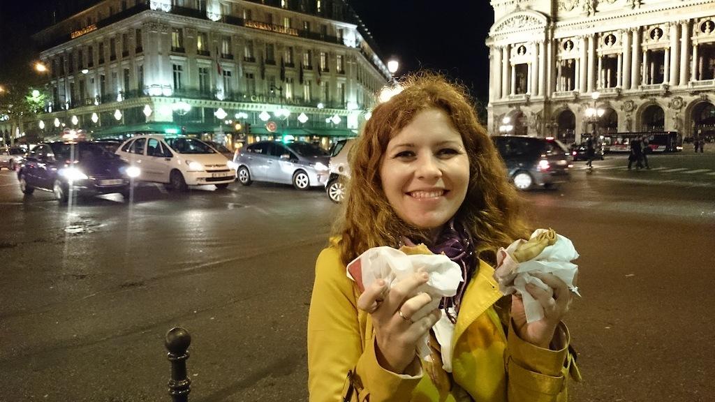 Nocne podjadanie naleśników z nutellą i marmoladą kasztanową :)