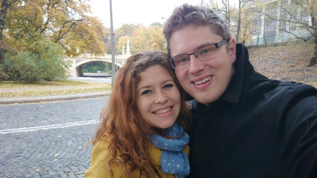 Jesiennie. Tak się cieszę, że choć na chwilę zawitała złota polska jesień, liście są takie kolorowe, że aż chce się wychodzić na spacer