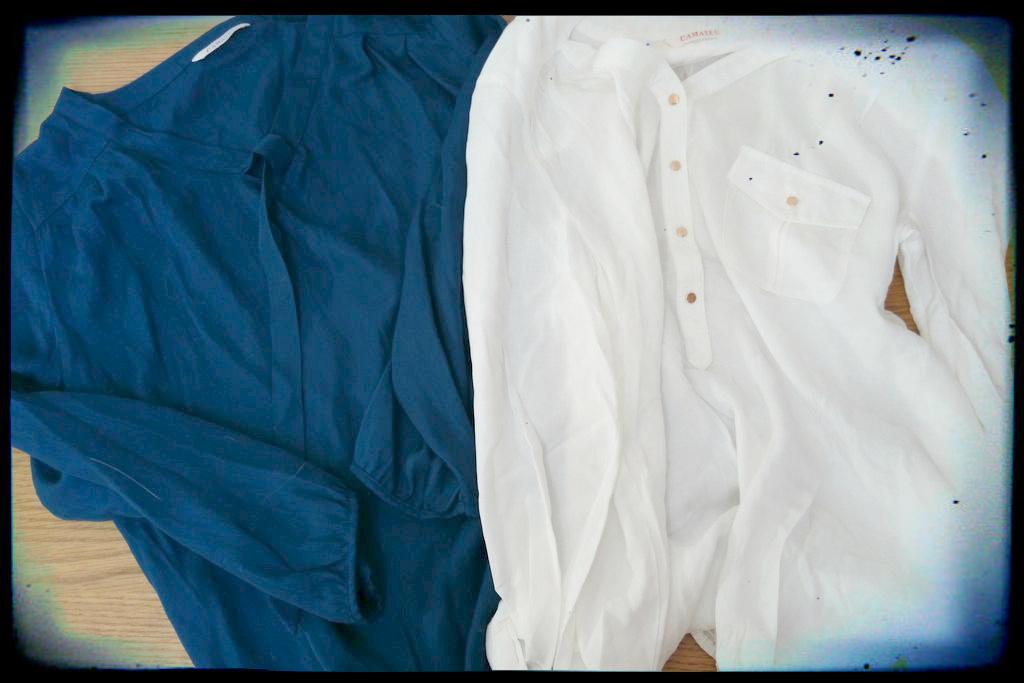 Dwie bluzki z cieńszego materiału, szczególnie z białej jestem zadowolona