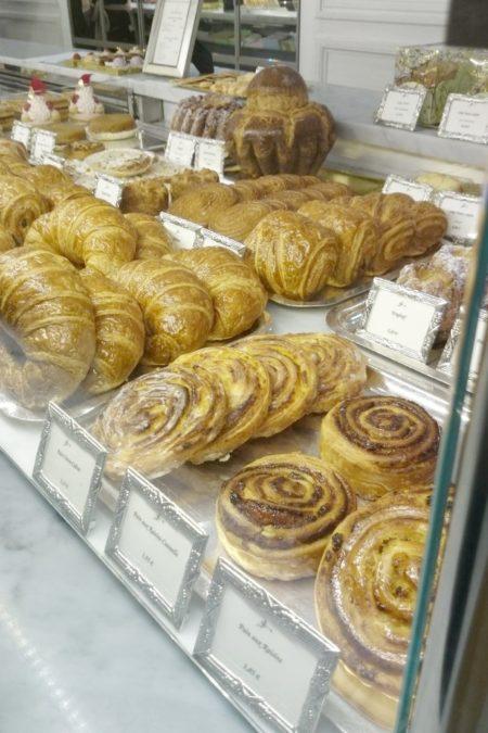 Możecie też skusić się na bułki, croissanty i inne zawijańce w francuskiego ciasta
