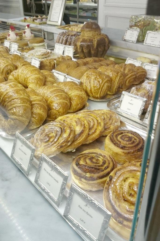 Możecie też skusić się na bułki, croissanty i inne zawijańsce w francuskiego ciasta