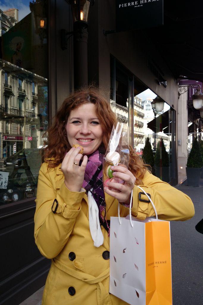 Słodki Paryż! To będzie mega wpis, już szykujcie jakieś słodkości, bo będzie dużo o jedzeniu :) A tu prosto od Hermes