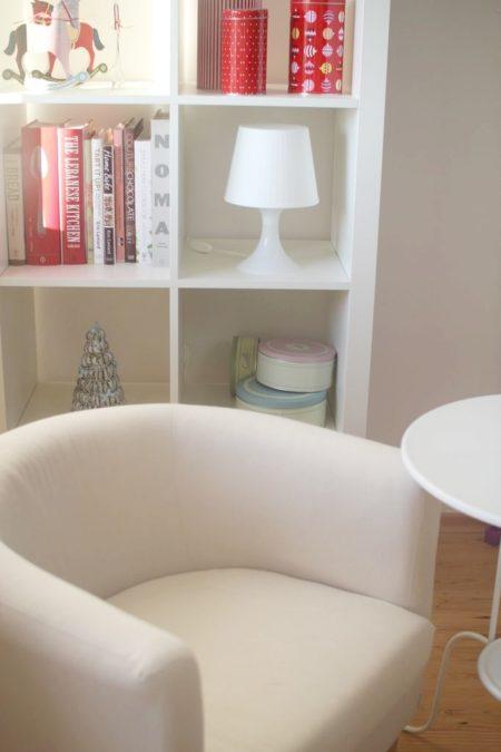 Fotele są z ikei, mega, mega wygodne. Początkowo wcale nie byłam do nich przekonana, ale są świetne
