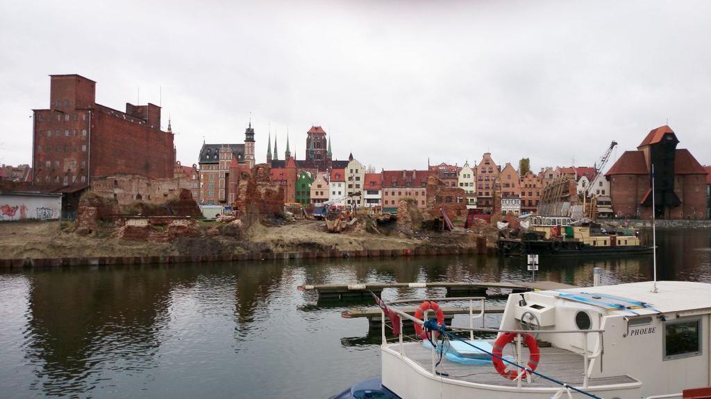 A to już dzisiejszy widok na Gdansk