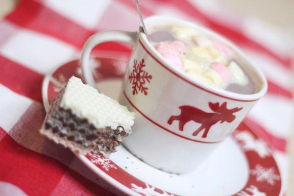 A jak nie kawa to czekolada lub kakao i do tego wafle :) omnomnom