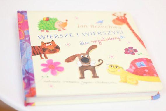 Książka - roczek to dobry moment by zacząć czytać dziecku jeśli do tej pory tego nie zrobiliście