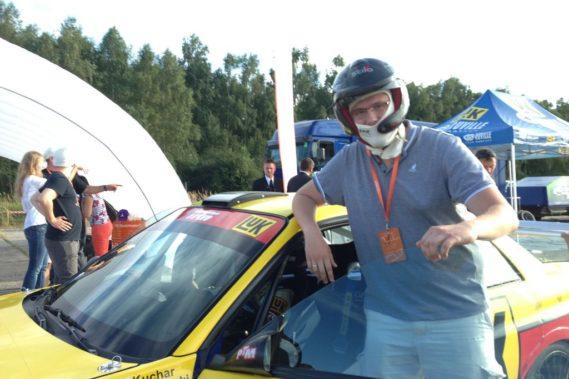 Michał miał okazje prowadzić samochód Kuchara :)