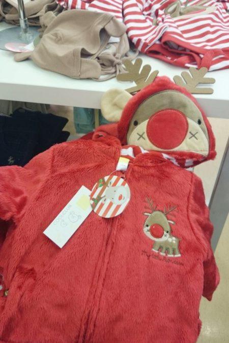 Żałuję, że nie było odpowiedniego rozmiaru, bo bluza mięciutka i taka świąteczna ;) myślę, że fajna na prezent :)