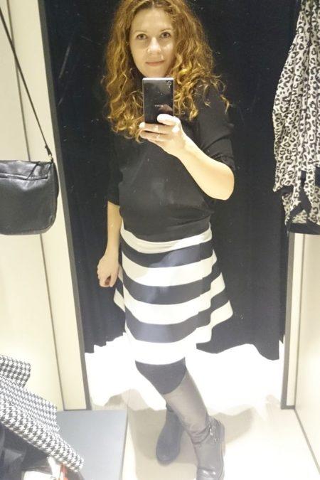 Spódnica o ostatnio lubianym kroju :)