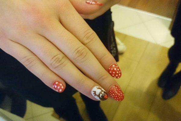 Agnieszka za to miała czadersko pomalowane paznokcie :)