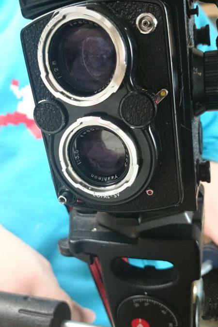 Naprawdę podoba mi się ten aparat. Średni format, nie wiem jeszcze jakie zdjęcia wyjdą, ale zachwyca mnie tą swoją tajemniczością
