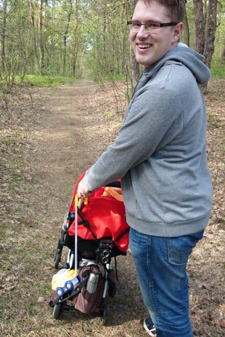 Yoyo - bardzo pakowany wózek :D haha, jednak na bocznych, leśnych ścieżkach małe kółeczka trochę zapadały się