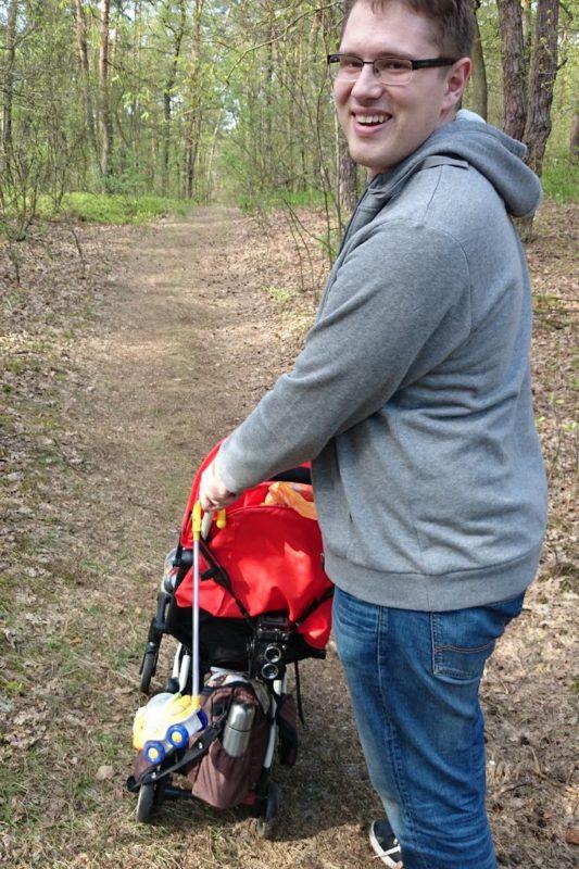 Yoyo - bardzo pakowany wózek :D haha, jednak na bocznych, leśnych ścieżkach małe kóleczka trochę zapadaly się