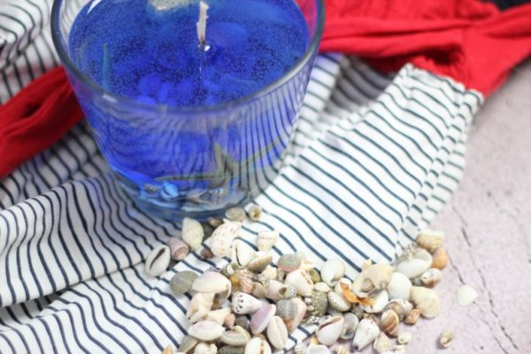 Muszelki z plaży do świeczki