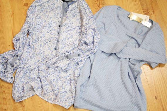 Koszula niebieska łączka (a jak!) i sweterek również niebieski - uwielbiam ten kolor