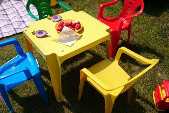 Stolik dla najmłodszych gości