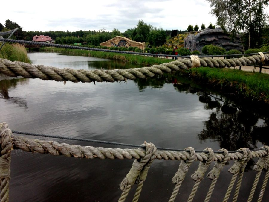 Mosty, mosteczki, ścieżki - dzieciom się tu spodoba nawet bez dinozaurów