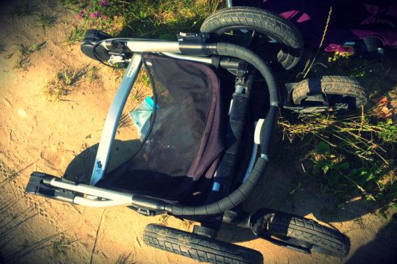 A to wózek złożony, całkiem kompaktowy