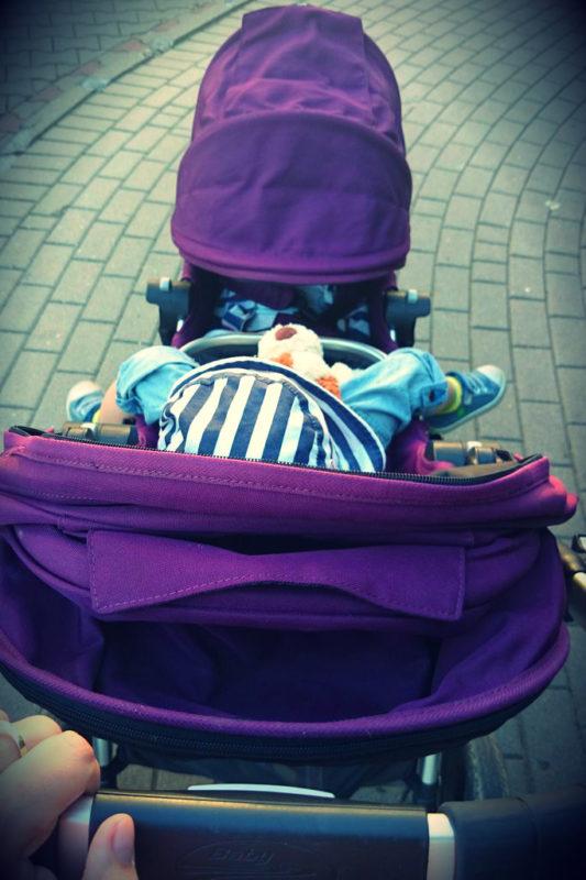 Co widzi mama w ustawieniu siedzisk buziami do siebie :) fajne bo widać dwójkę