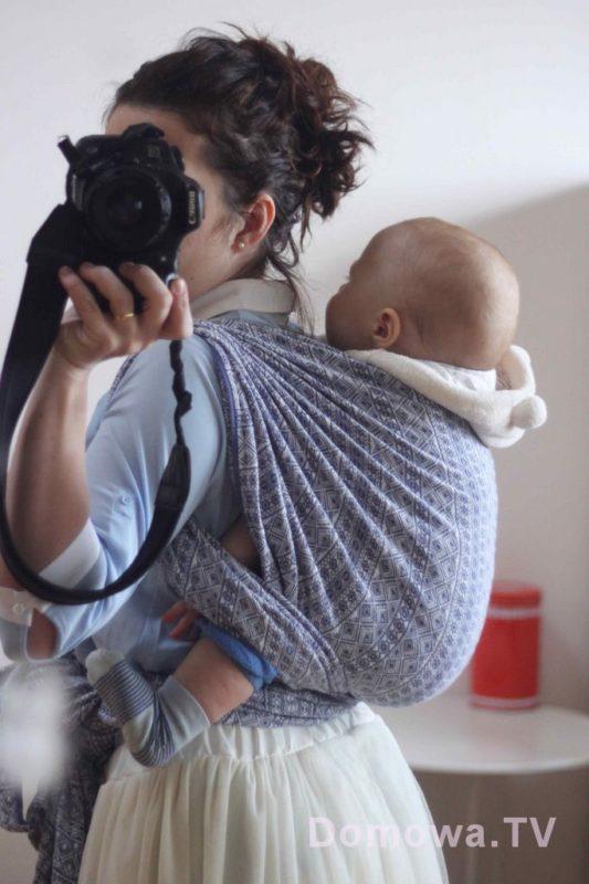 Noszenie na plecach, bardzo wygodne przy starszym dziecku