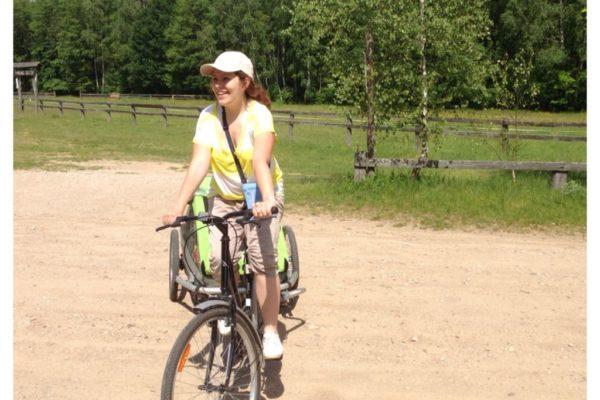 W okolicach Biebrzy testowaliśmy wycieczkę rowerową z dziećmy w przyczepce – rewelacja. Do poprawy tylko rowery, najlepiej własne, reszta super.