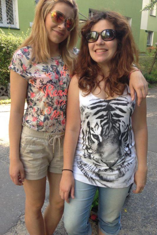 A to chwilowy powrót do Warszawy i ja oraz moja młodsza siostra :)
