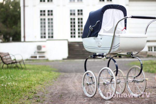 Wizualnie wózek mi się podoba, gdybym miała swój pałac z ogrodem to mogłabym go mieć na stałe :)