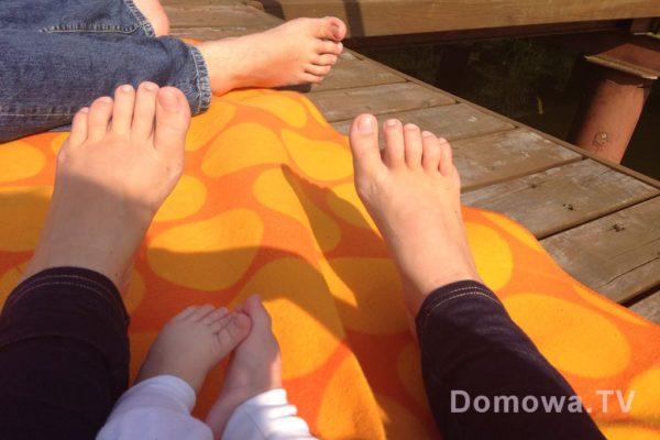 Moczymy nogi i suszymy je na słońcu :D