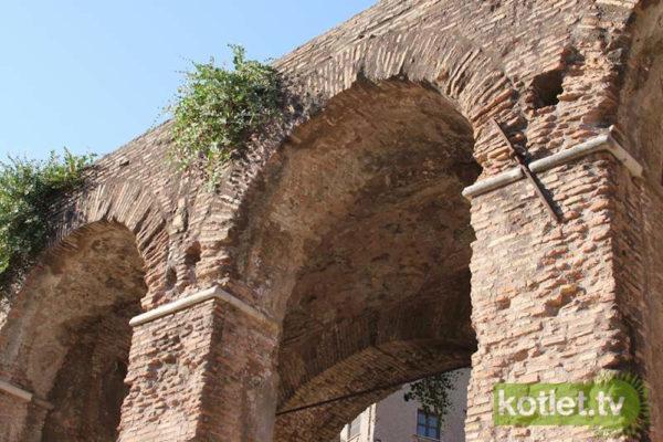 Spacerem po okolicy Forum Romanum
