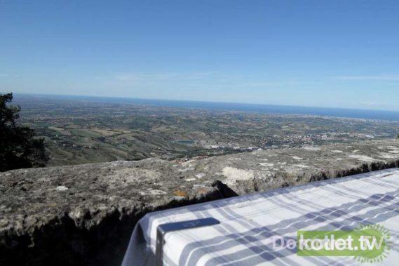 San Marino - widok z tarasu restauracji