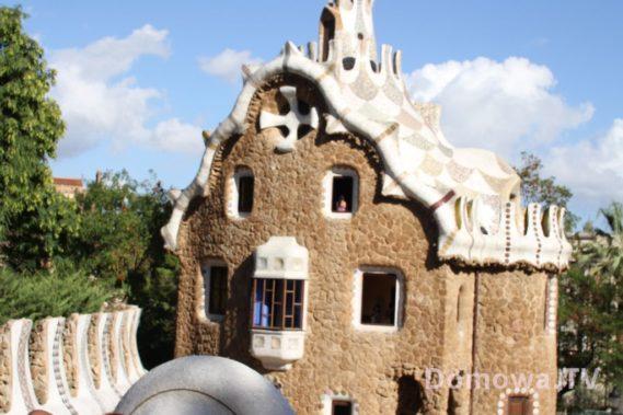 Bajkowy domek w Parku Guel