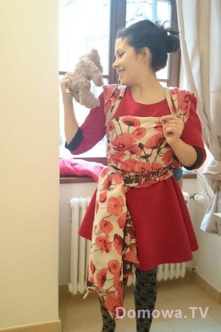 W naszym mieszkaniu w Pradze :D ach co za chusta, co za sukienka
