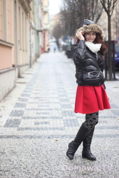 Stylizacja z czerwoną sukienką prosto z Pragi :) haha
