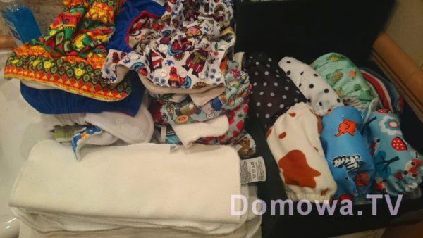 Co drugi dzień mam takie zajęcie, wkłady umieszczam w pieluszkach by były zawsze pod ręką :)