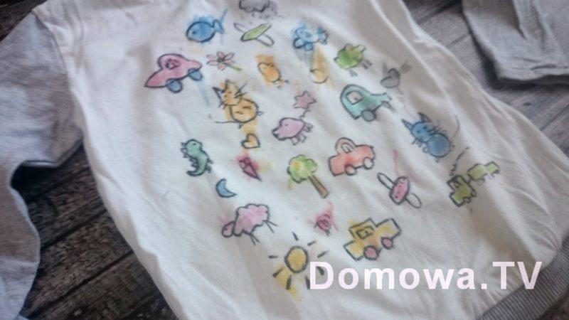 Bluzka kolorowanka po pół roku noszenia, prania, używania :)