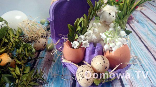 Dekoracja wielkanocna z pudełka po jajkach