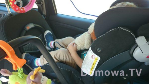 12 mitów na temat wożenia dzieci tyłem w samochodzie (RWF)