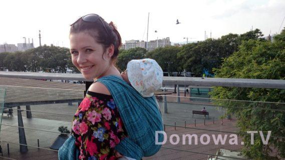 Maluszek w chuście, Barcelona 2014