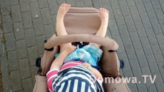Pałąk, do gryzienia :) Za to w tym wózku przynajmniej na idealnej wysokości (bywa często za nisko lub za wysoko), Jane Muum