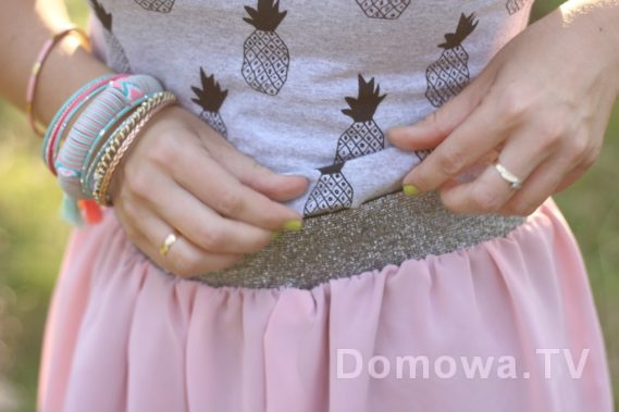 Top z bawełny, srebrzysty pasek od spódnicy