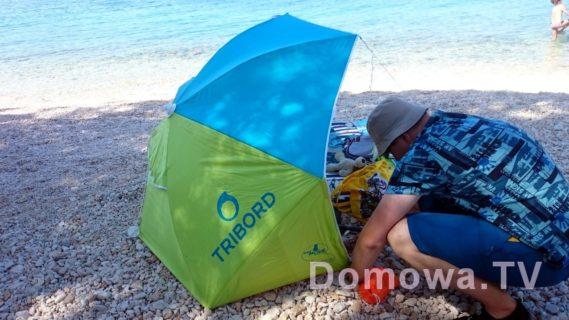Namiot Tribord, tutaj na plaży w Chorwacji