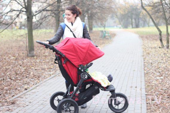 Jeden z fantastycznych trójkołowych wózków, Baby Jogger Elite