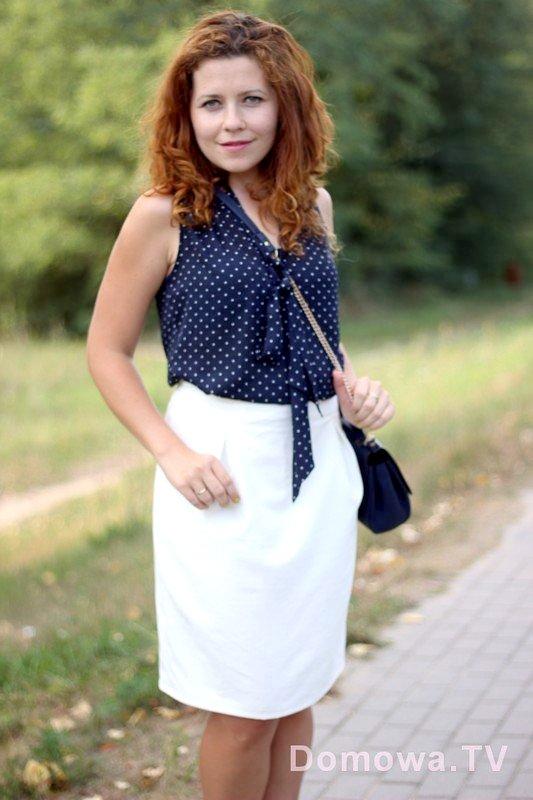 Biała lniana spódnica