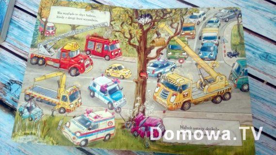 Opowiem ci mamo co robią auta, tutaj w środku, fajne, proste rysunki z bardzo dużą liczbą samochodów :)